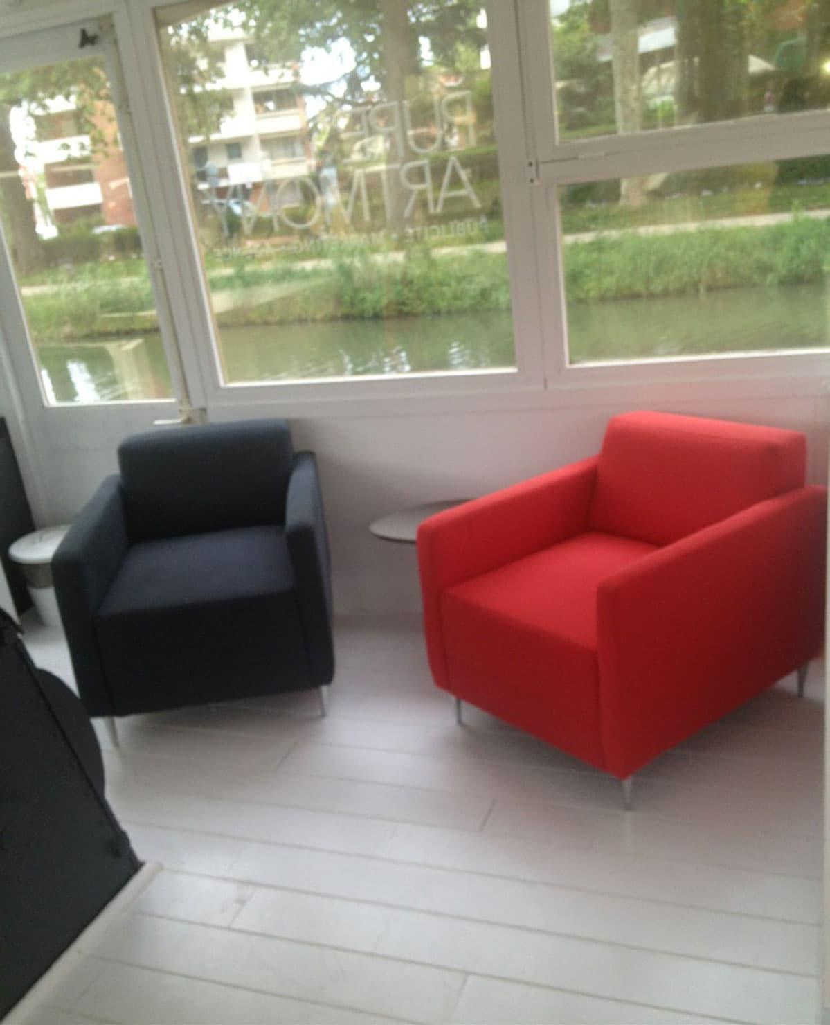iam architectes : Réaménagement d'une Péniche en Bureaux Toulouse (31)